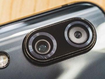 Las apps utilizan el flash y la cámara del móvil para hacer las mediiciones