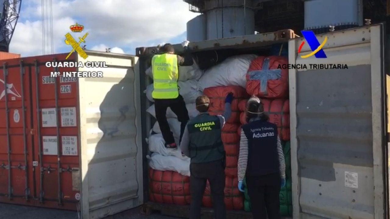 Intervenidas 52.000 prendas falsificadas