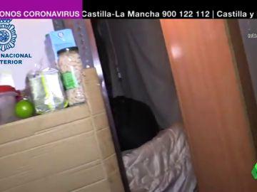 Detenidos por hacinar en un restaurante a 20 migrantes, entre ellos dos bebés, bajo amenaza de contagiarles el COVID