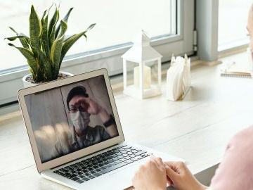 Con Room podremos hacer videollamadas grupales con una invitación