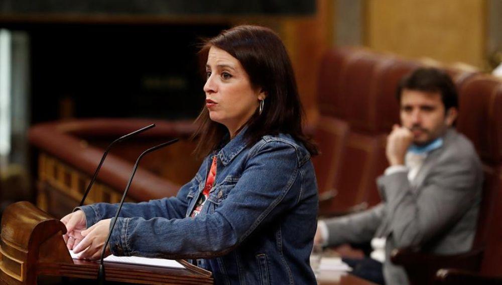 La portavoz del PSOE, Adriana Lastra, interviene en el del pleno del Congreso