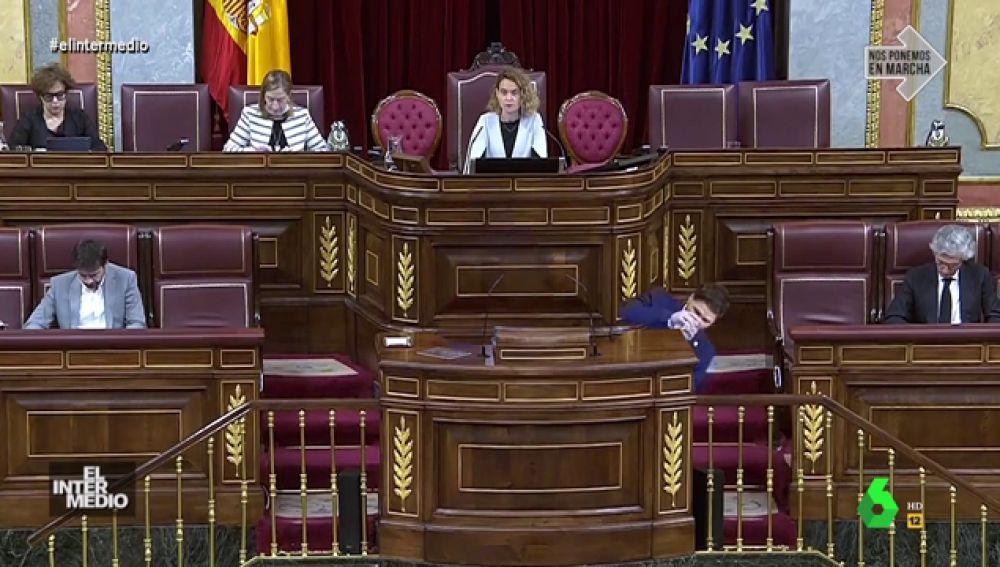 Vídeos manipulados - Rufián se desmaya en el Congreso tras beber una copa de Margarita Robles