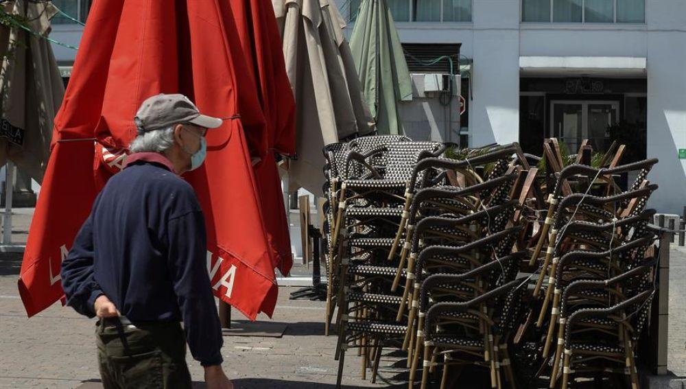 Terrazas cerradas este viernes en la madrileña plaza de Santa Ana
