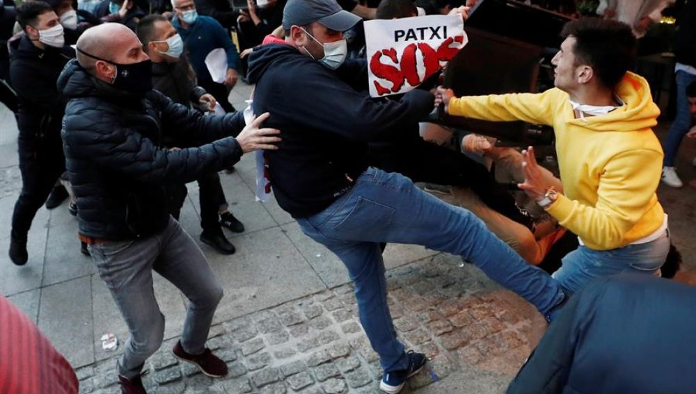 Incidentes en Pamplona durante una concentración en apoyo a un preso de ETA
