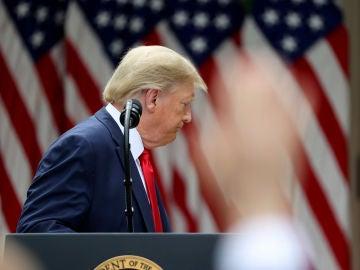 Donald Trump se marcha tras anunciar que Estados Unidos dejará de aportar fondos a la OMS