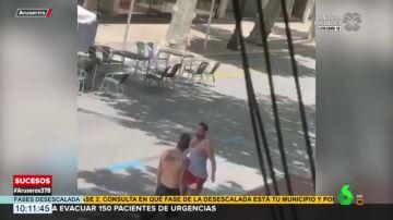 Graban una pelea entre dos hombres en una terraza de Dénia en plena desescalada
