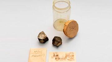 Redescubiertos dos fragmentos del meteorito que cayo en Barcelona en 1704