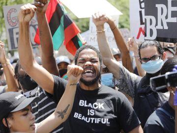 Concentración en Nueva York en protesta por la muerte de George Floyd.