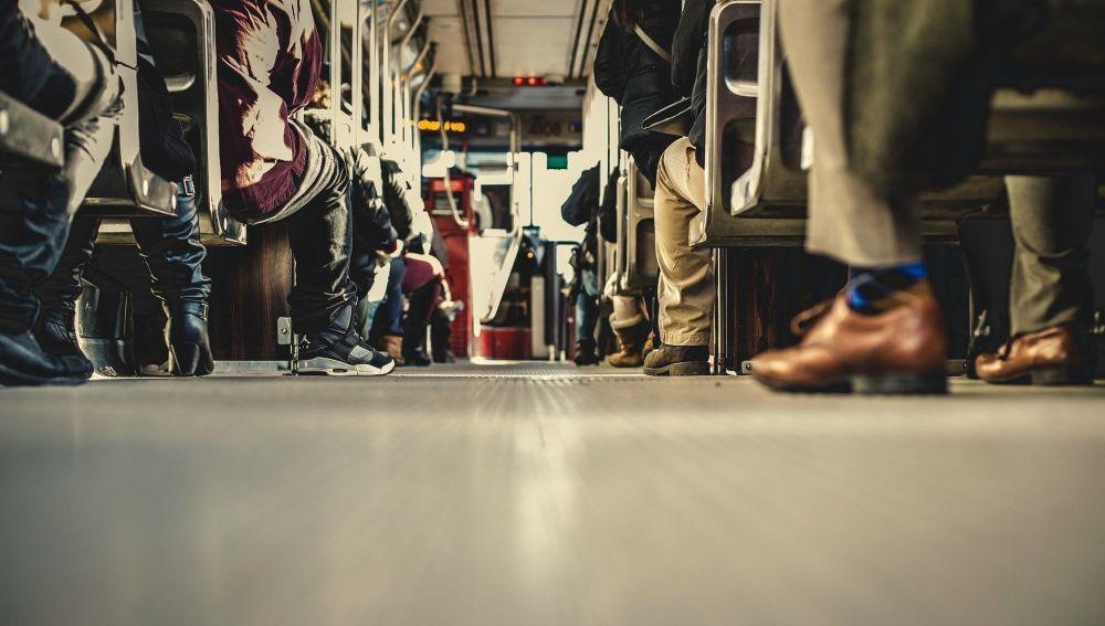 LaSexta Noticias Fin de Semana (06-06-20) Los trenes y autobuses podrán usar todos sus asientos disponibles a partir del lunes