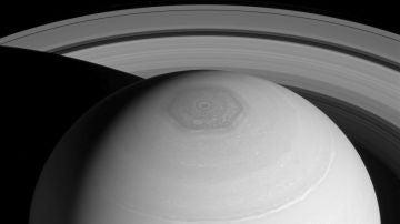 Una posible explicacion al hexagono de Saturno