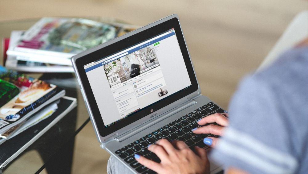 Escribiendo en Facebook