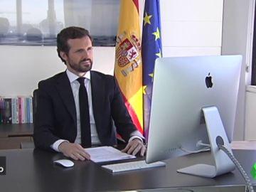 Vídeo manipulado - Pablo Casado estudia cinco maneras de escapar de la Policía con un youtuber