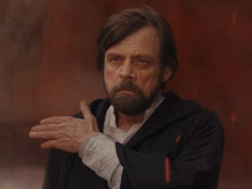 Mark Hamill, encarnando a Luke Skywalker en Star Wars: Episodio VIII: Los Últimos Jedi