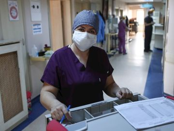 Imagen de archivo de una profesional sanitaria