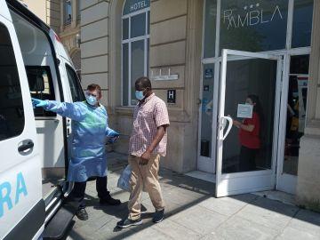Algunos temporeros han sido trasladados en ambulancia