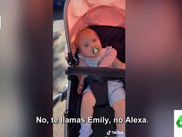 La divertida confusión de Emily, la niña que cree que se llama Alexa por el asistente virtual