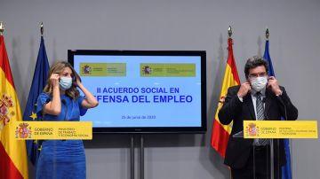 Los ministros de Trabajo y Seguridad Social, Yolanda Díaz y José Luis Escrivá (Archivo)