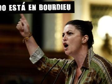 La diputada de Vox Macarena Olona durante el pleno del Congreso de los Diputados