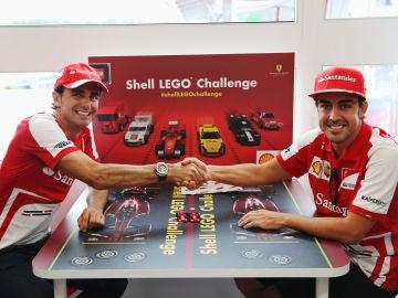 Pedro de la Rosa y Fernando Alonso, en Ferrari