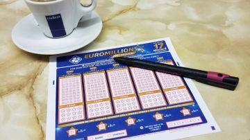 Euromillones se juega los martes y sábados y el bote puede alcanzar los 200 millones de euros