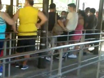 Imagen de las colas en el Parque de Atracciones de Madrid