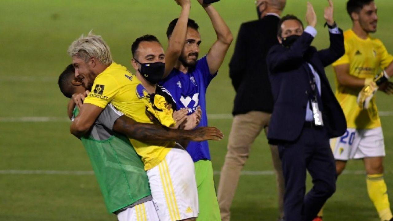 Los futbolistas del Cádiz celebrando