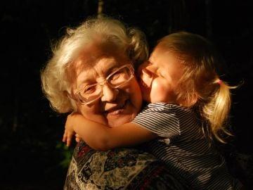 El porqué el día de los abuelos es en realidad de las abuelas