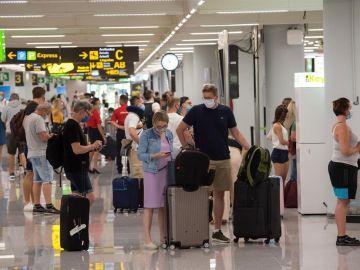 Vista general de la terminal de llegadas del aeropuerto de Palma