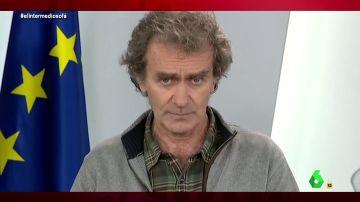 """Vídeo manipulado - Fernando Simon avisa de una invasión alienígena: """"Viene una evacuación mundial"""""""
