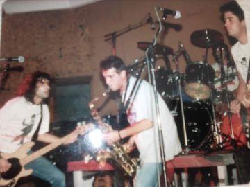 Selu Nieto, en su etapa como saxofonista de Reincidentes