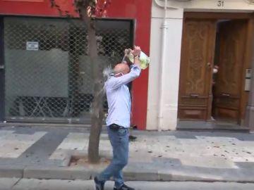 Un okupa se rocía con gasolina y amenaza con quemarse a lo bonzo durante el desalojo de un hotel en Zaragoza