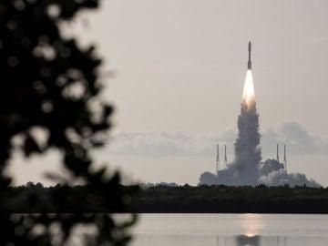 Lanzada la mision Mars 2020 de la NASA que buscara restos de vida en el planeta rojo