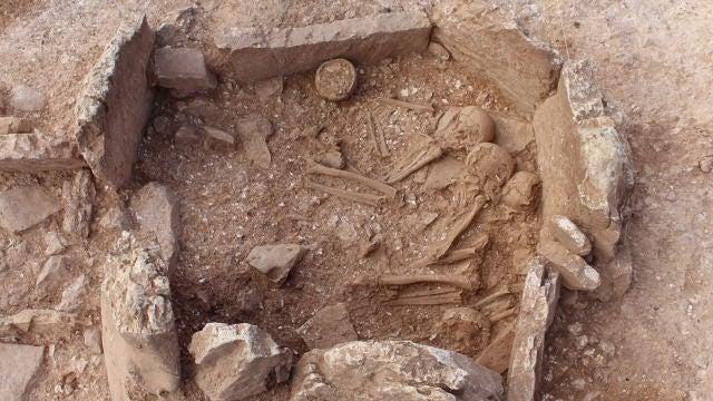 Desenterrar a los muertos era una practica habitual en las sociedades megaliticas de hace 5000 anos
