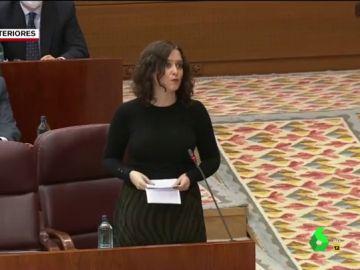 """Vídeo manipulado - El recital de Ayuso en plena Asamblea de Madrid: """"Les voy a leer un poema"""""""