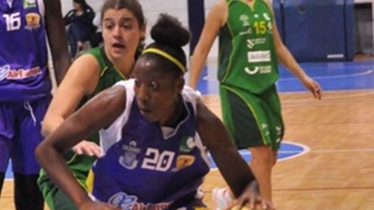 Sara Djassi