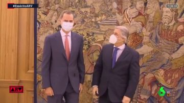 Primera imagen pública de Felipe VI tras la marcha de Juan Carlos I para demostrar que vuelve la normalidad