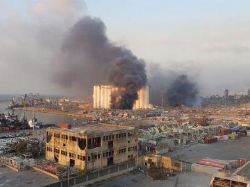 Las autoridades de Beirut dan un plazo de 4 días al comité de investigación para determinar el motivo de la explosión