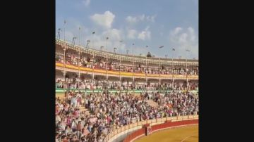 La Junta investigará las imágenes de aglomeraciones en la plaza de toros de El Puerto, Cádiz