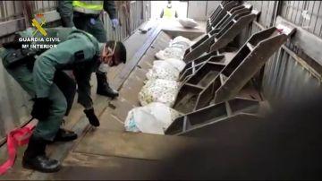 Guardia Civil encuentra droga en camiones tráiler