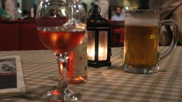 Cerveza VS vino: ¿qué bebida es más beneficiosa para nuestro cuerpo?