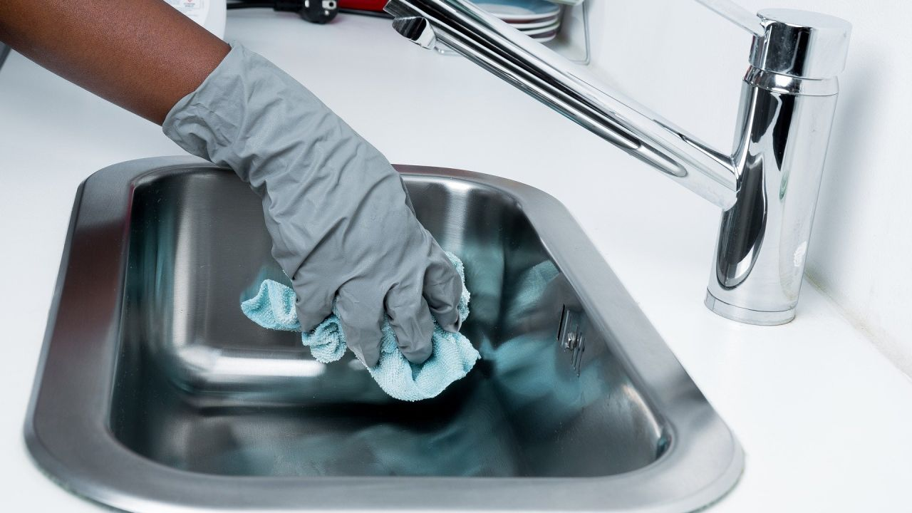 Así tienes que limpiar para acabar con los virus y bacterias en casa