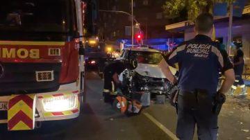 Imagen tras el accidente de un taxi en la calle Bravo Murillo de Madrid