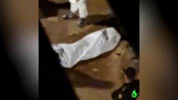 Un testigo de los hechos grabó el momento en el que la Policía descubrió el cadáver.