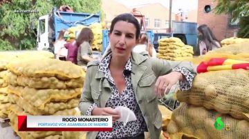 "El ataque de Monasterio a Podemos rodeada de patatas: ""Mientras que os dedicáis a tirar las estatuas de Colón, repartimos lo que él trajo a España"""
