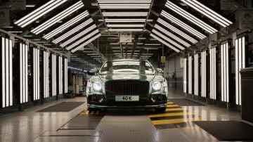 El Bentley Flying Spur 40.000 ha terminado su ensamblaje y ya va para su dueño