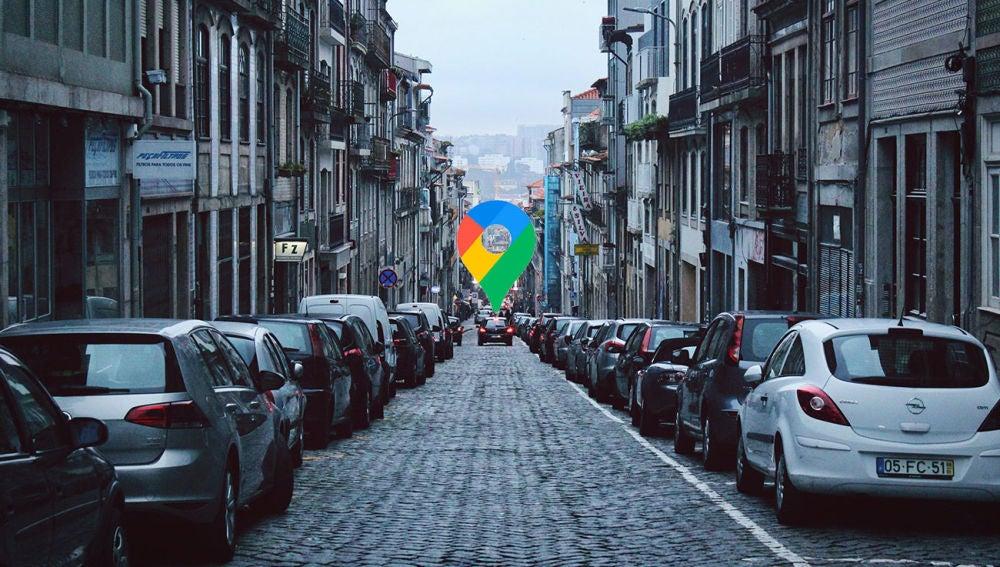 Calle con coches estacionados