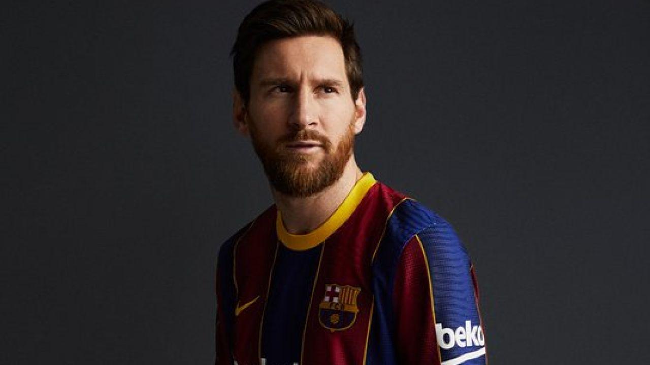Lionel Messi, con la nueva camiseta del Barcelona