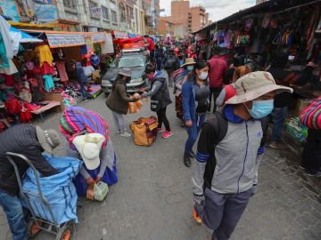 Imagen de un mercado de Bolivia