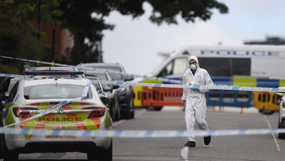Un muerto y siete heridos en una madrugada de apuñalamientos en Birmingham