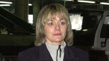 Carmen Guisasola en una imagen de 2001 durante su extradición a España desde Francia